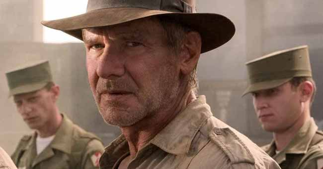 Indiana Jones and soldiers