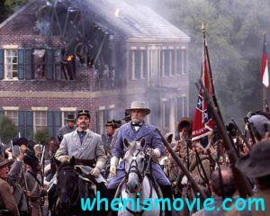 ROBERT DUVALL as General Robert E. Lee