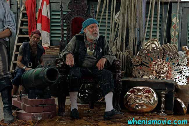 Donald Sutherland in Treasure Island (2012)